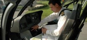 Helikopter vliegen op Landgoed de Biestheuvel