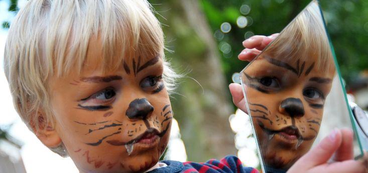Schminken en knutselhoek voor de kinderen op Landgoed de Biestheuvel