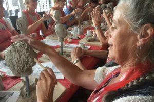 Workshop elkaars hoofd boetseren bij Landgoed de Biestheuvel