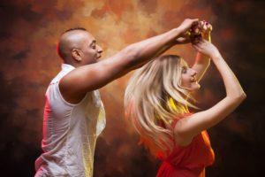 Salsa dansen Landgoed de Biestheuvel