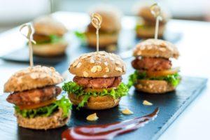 Mini hamburgers bij Landgoed de Biestheuvel