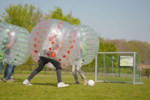 Bumpervoetbal op Landgoed de Biestheuvel